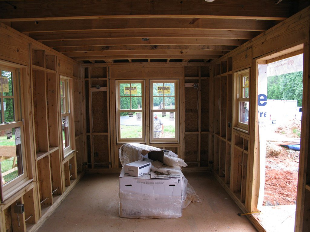 Learn the best home repairs to do for your house flipping business plan.