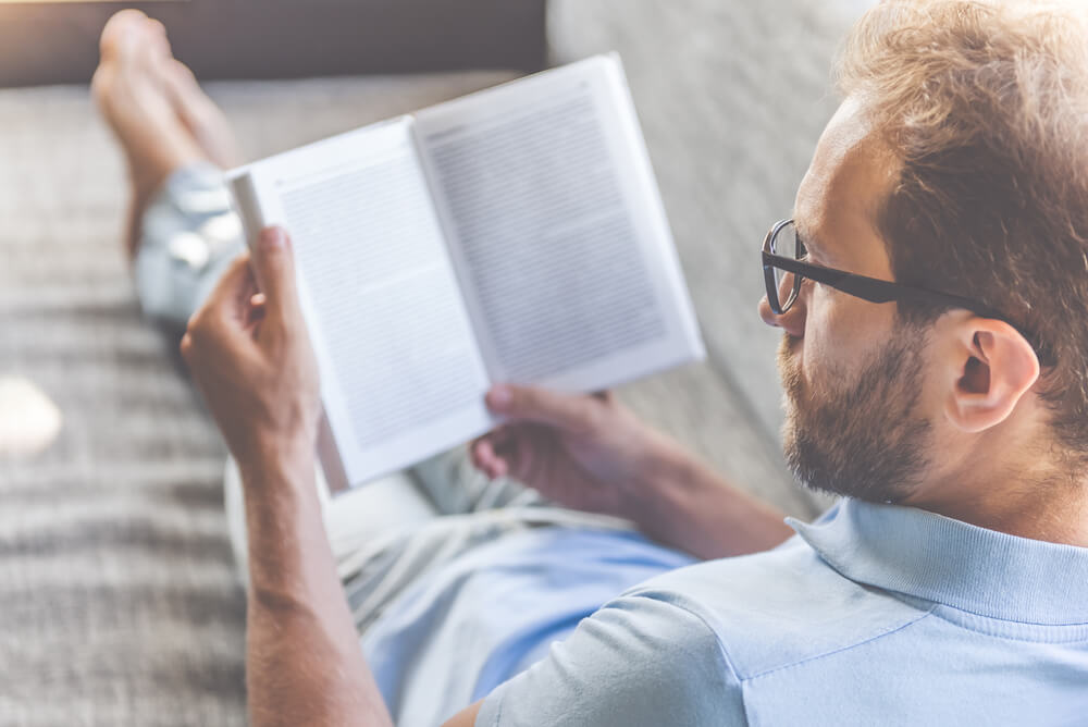 Add these 9 books to your reading list to start making money flipping houses.
