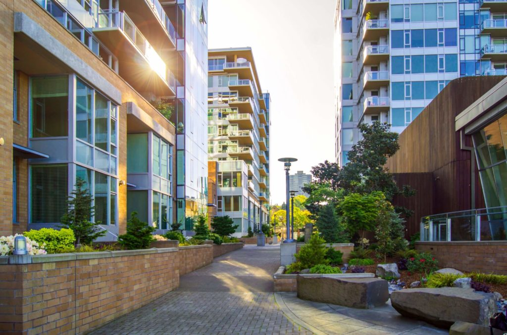 5 Perks to Condo Flipping: Flipping Houses 101 | LendingHome