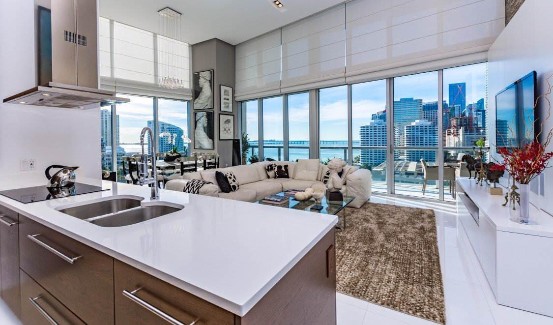 Condo vs. House: What Works Best for You? | LendingHome