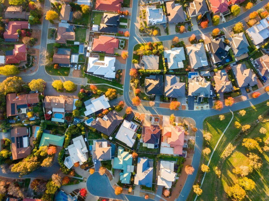 The 5 Real Estate Comps Features for Investors
