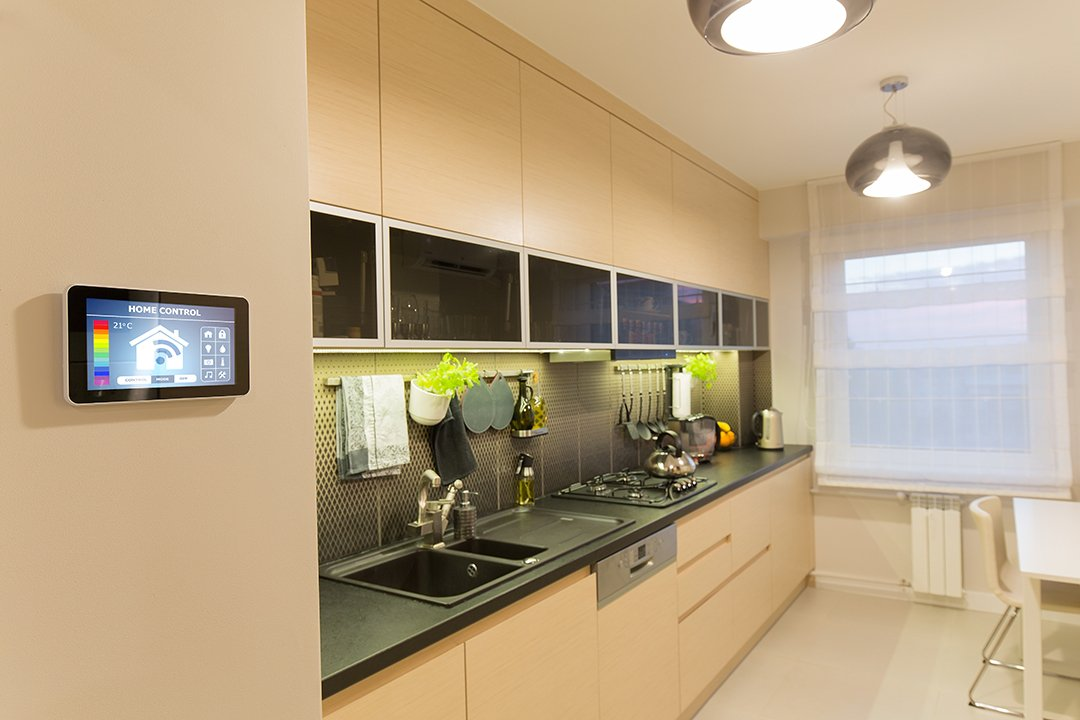 Here are house flipping tips on designing a smart home to optimize making a profit house flipping.